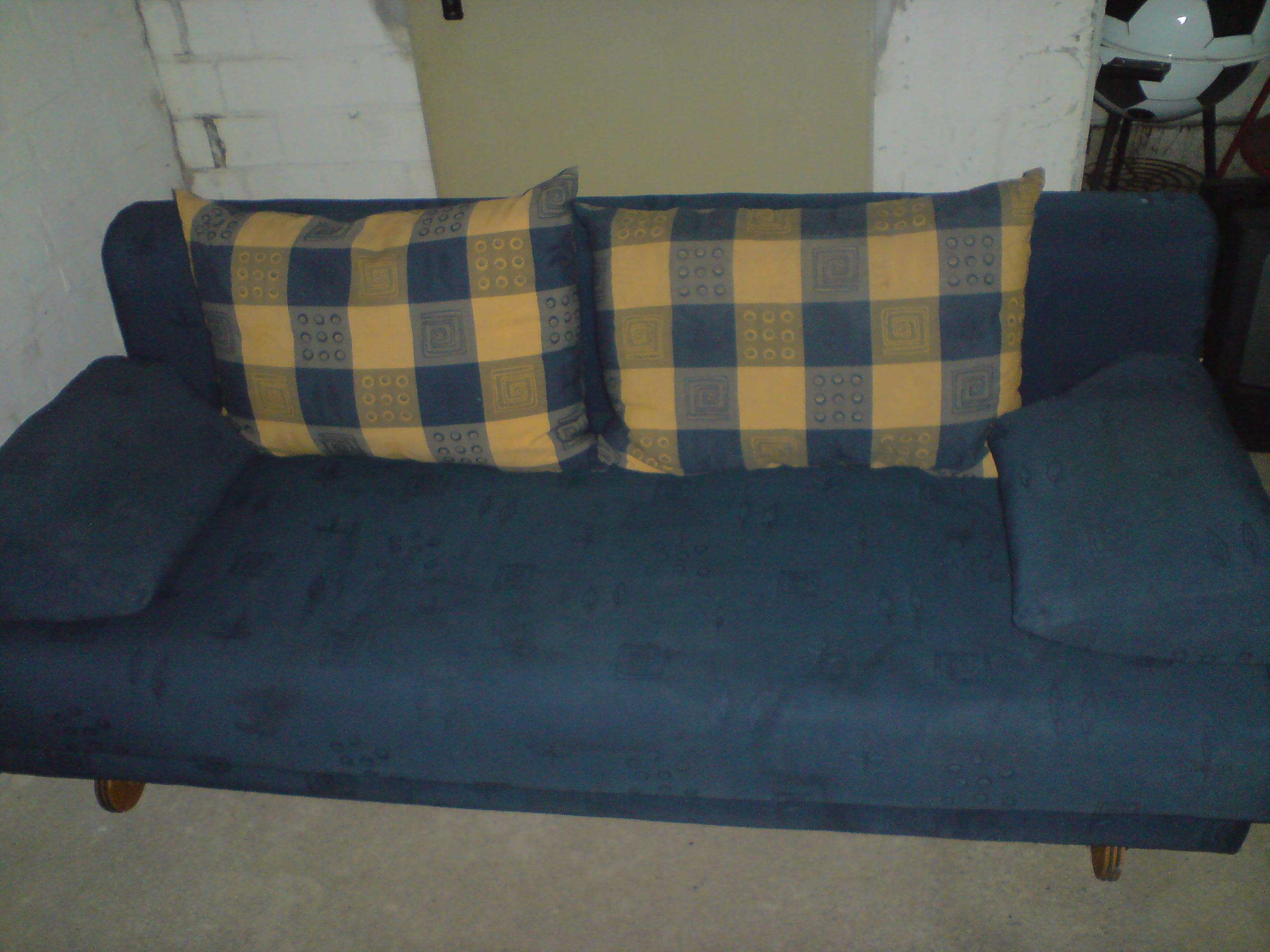 polster sessel couch kleinanzeigen. Black Bedroom Furniture Sets. Home Design Ideas