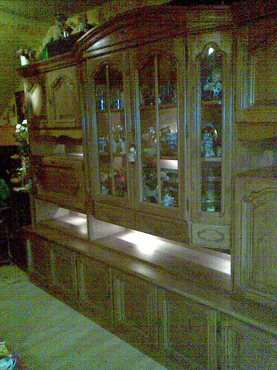 wohnzimmerschrank eiche:Wohnzimmerschrank Eiche rustikal massiv m. Beleuchtung