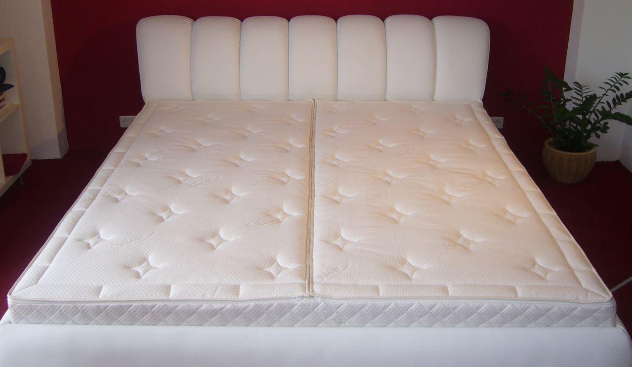 betten und bettzeug kleinanzeigen. Black Bedroom Furniture Sets. Home Design Ideas