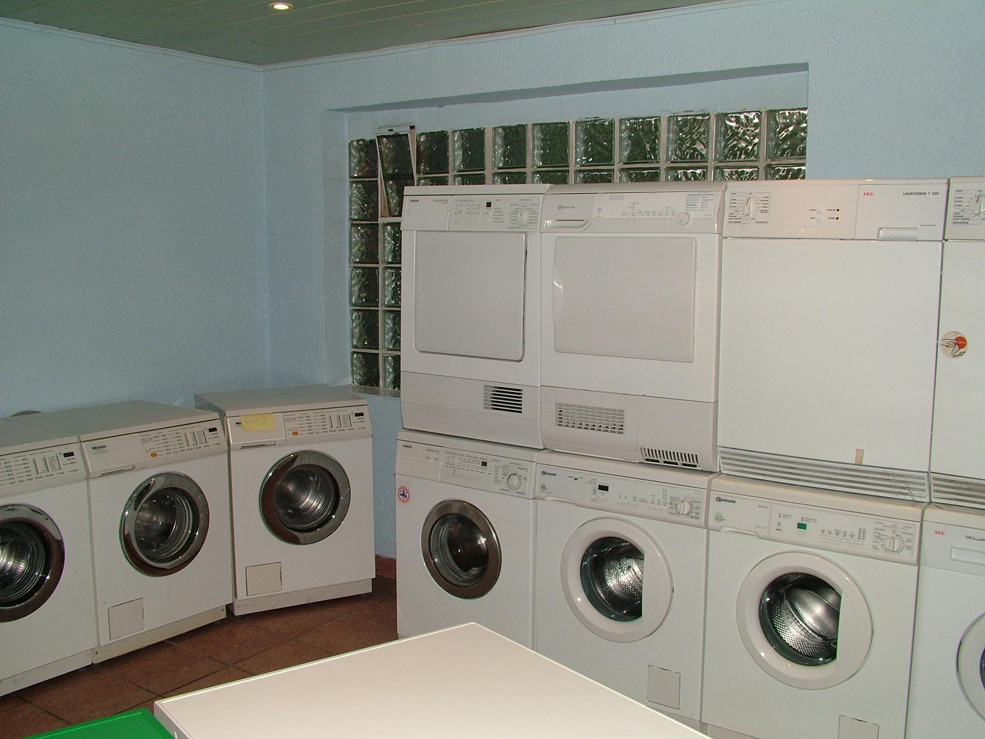 Waschmaschinen kleinanzeigen waschmaschinen annoncen for Gebrauchte anbauwand